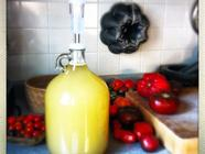 Yellow Tomato Wine found on PunkDomestics.com