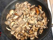 Mediterrannean Marinated Mushrooms