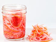 Vietnamese Carrot and Daikon Pickle (Do Chua)