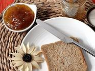 Plum Jam with Cinnamon