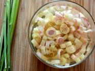 Lemongrass-Infused Vinegar found on PunkDomestics.com