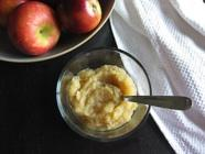 Applesauce Made with Roasted Apples