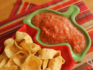 How to Make Thick, Tasty Canned Salsa