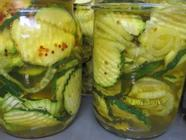 Sweet and Spicy Zucchini Pickles found on PunkDomestics.com