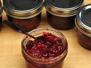 Holiday Cranberry Sauce found on PunkDomestics.com