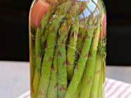 Quick Pickled Asparagus found on PunkDomestics.com