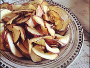 Dried Apple and Pear Chips found on PunkDomestics.com