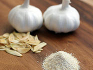 DIY Garlic Powder found on PunkDomestics.com