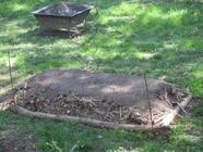 {avant gardening} Hügelkultur found on PunkDomestics.com